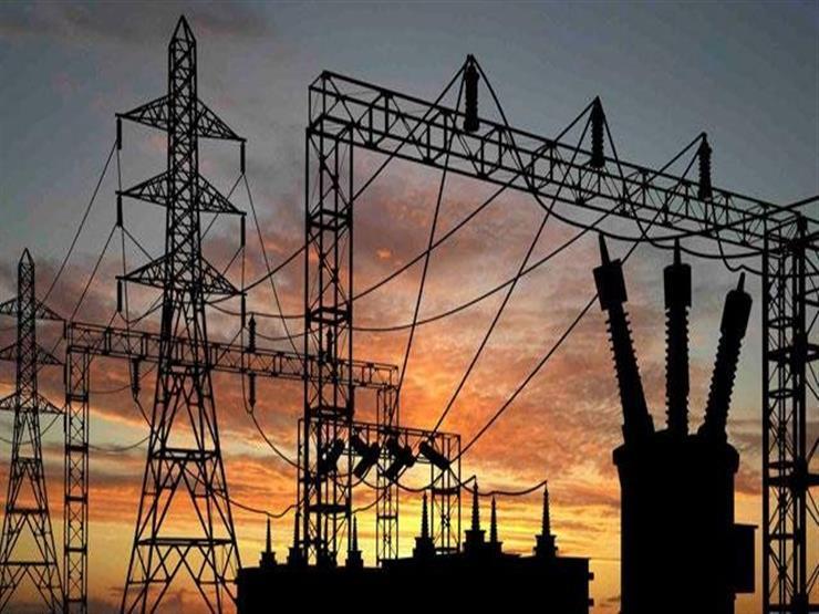 حمدي فودة: 9000 ميجا فائض الكهرباء بمصر -فيديو