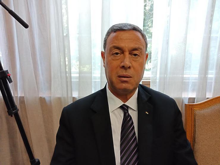 السفير الفلسطيني يستقبل رئيس جامعة الأزهر بغزة