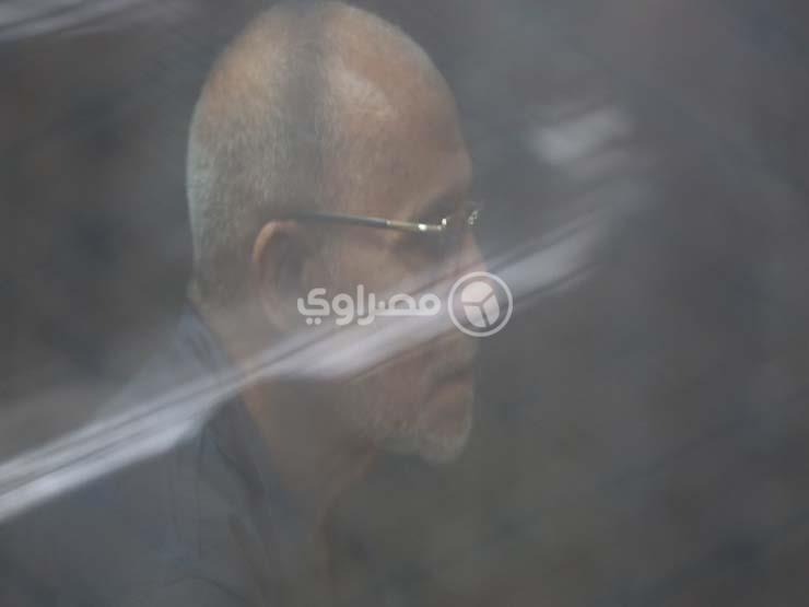 """تأجيل محاكمة بديع و46 آخرين في """"أحداث قسم شرطة العرب"""" لـ 28 أبريل"""