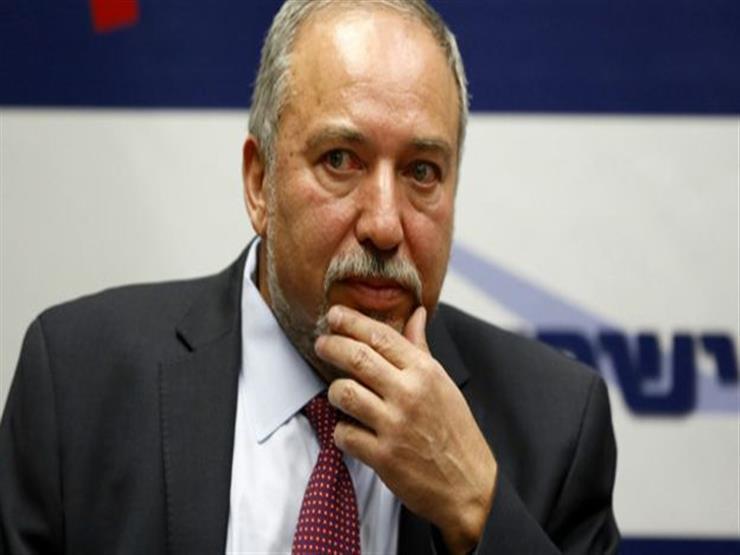وزير الدفاع الإسرائيلي يبحث تخفيف القيود المفروضة على غزة
