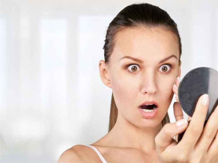 6 أخطاء نفعلها تؤذي بشرتنا.. تعرف عليها