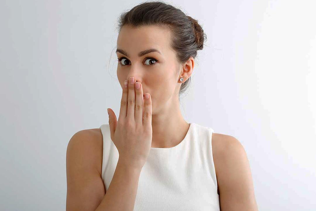 3 أمراض مزمنة تسبب رائحة الفم الكريهة.. هل يمكن التخلص منها؟