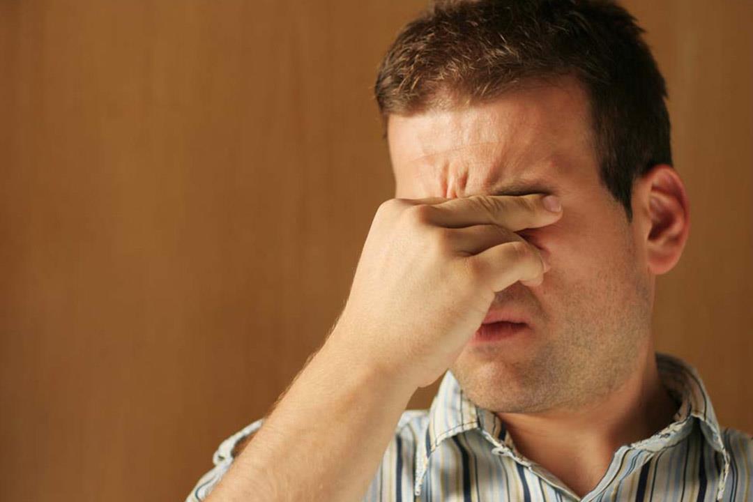 هل يؤدي الفشل الكلوي لمشكلات في العين؟