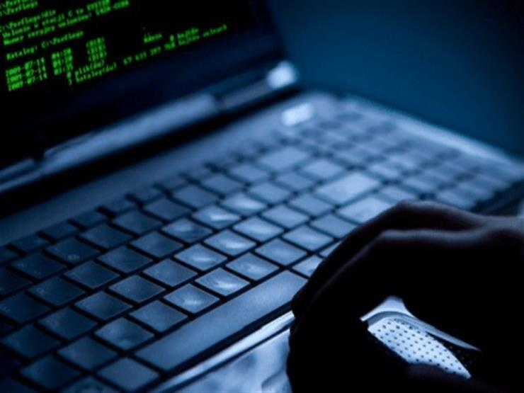 كل ما تريد معرفته عن قانون جرائم الإنترنت (سؤال وجواب)