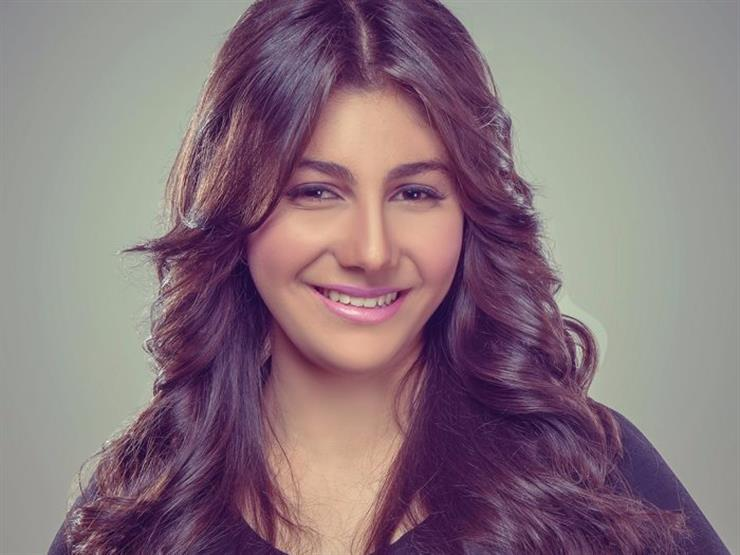 """ياسمينا العلواني تطرح ثاني أغانيها """"مش هعاتبك"""" على أنغامي"""