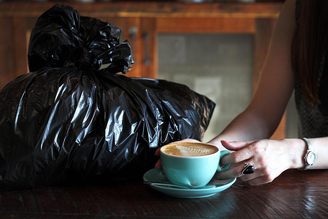تخلص منه يوميا.. كيس القمامة يهدد صحتك بهذه المخاطر