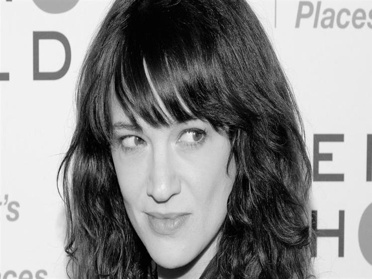 ممثلة مشهورة تكافح التحرش.. اعتدت جنسياً على ممثل