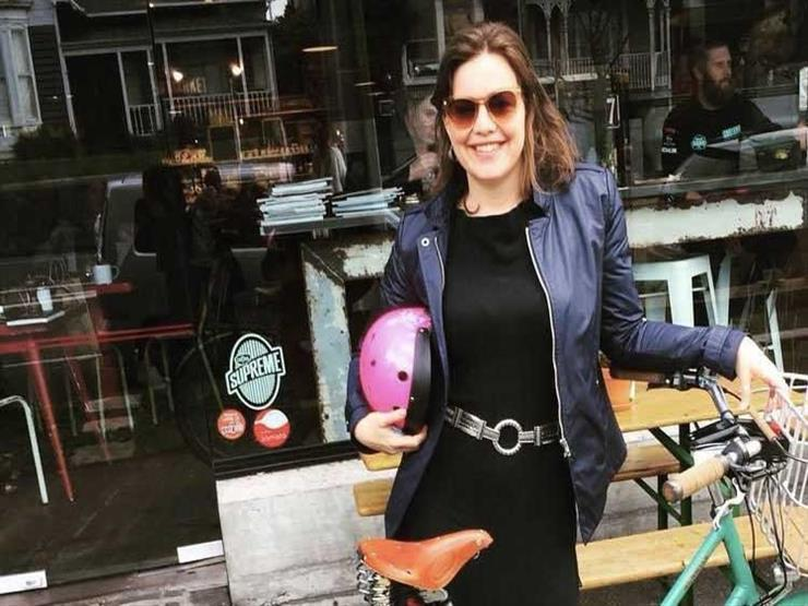 """وزيرة نيوزيلندية تذهب إلى المستشفى بـ""""الدراجة"""" لتضع مولودها"""