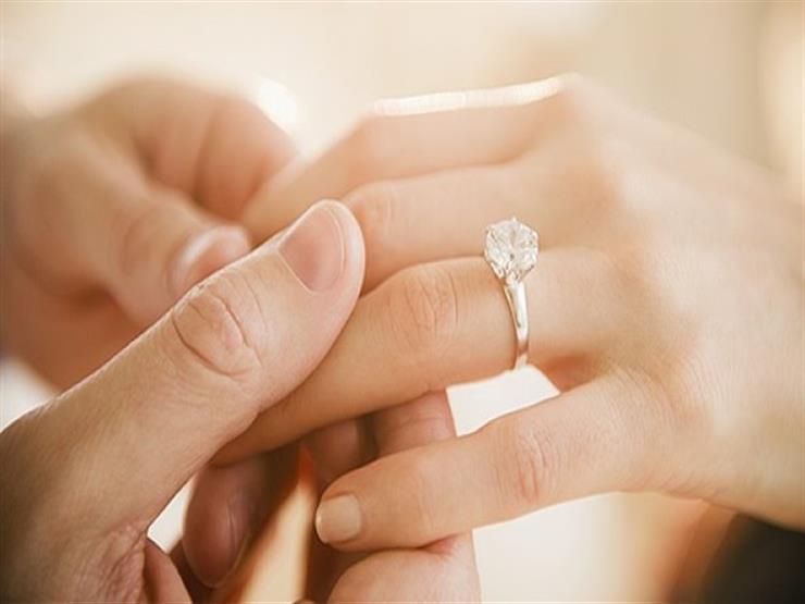 أغرب مهور الزواج حول العالم.. منها مصارعة الأسود و جمع الذباب