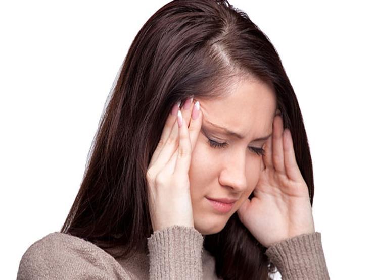 الشعور بالدوخة عند الوقوف قد يكون إنذارًا لهذا المرض