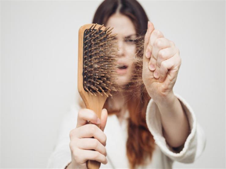 بهذا المكون المنزلي تخلصي من مشكلة تساقط شعرك