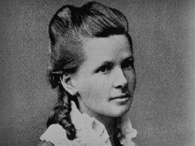 فيديو.. تعرف على قصة أول امرأة تقود سيارة في التاريخ