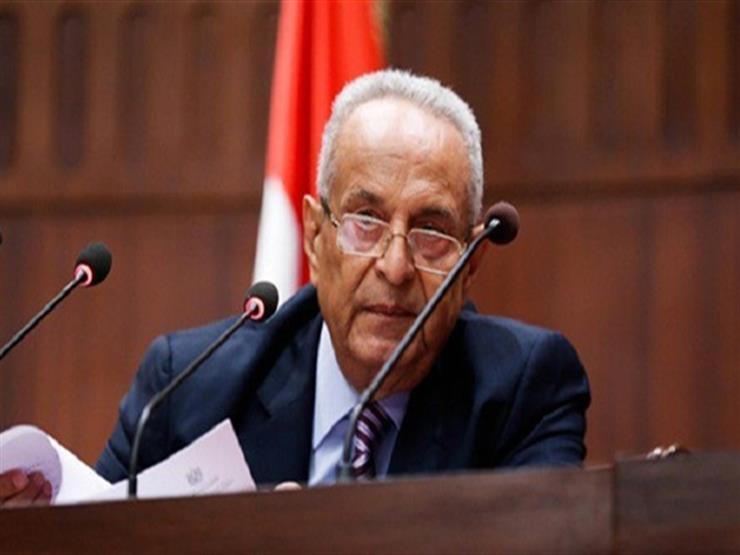 رئيس حزب الوفد يطالب المواطنين بالالتزام بقرار حظر التجول
