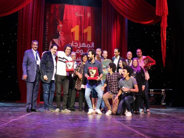 """""""سنو وايت"""" يفوز بجائزة أفضل عرض في مهرجان المسرح"""