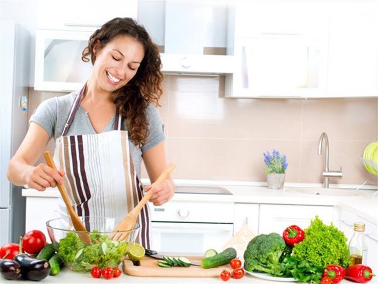كيف تستخدمين مكونات بمطبخك في العناية ببشرتك؟