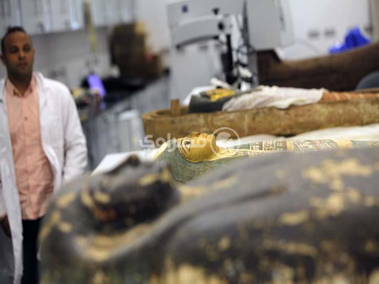 هكذا تُرمم آثار مصر في المتحف الكبير (قصة مصورة)...مصراوى