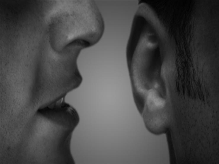 3 طرق للتعامل مع الشائعات.. مجمع البحوث: مروّجها له عذاب في الدنيا والآخرة