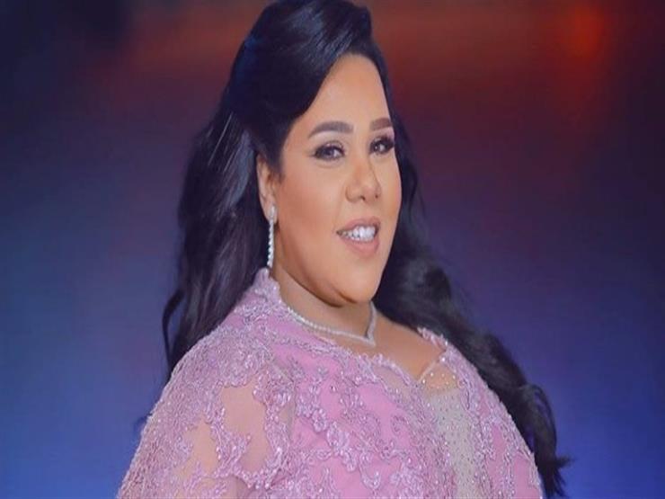بالفيديو| هكذا احتفلت شيماء سيف بانتهاء أخر عروض مسرحيتها في الكويت