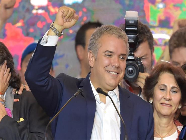 إيفان دوكي يؤدي اليمين الدستورية رئيسا لكولومبيا