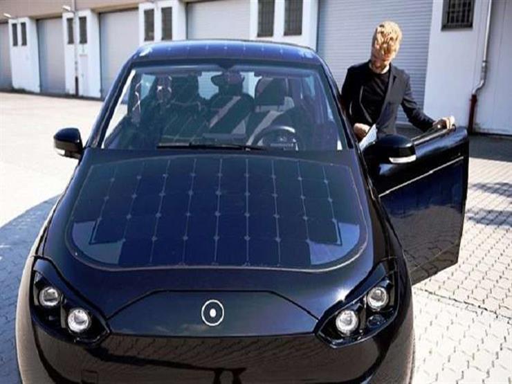 """""""سيون"""" سيارة كهربائية تعمل بالطاقة الشمسية وتستخدم الطحالب لتوفير هواءً نقيًا"""