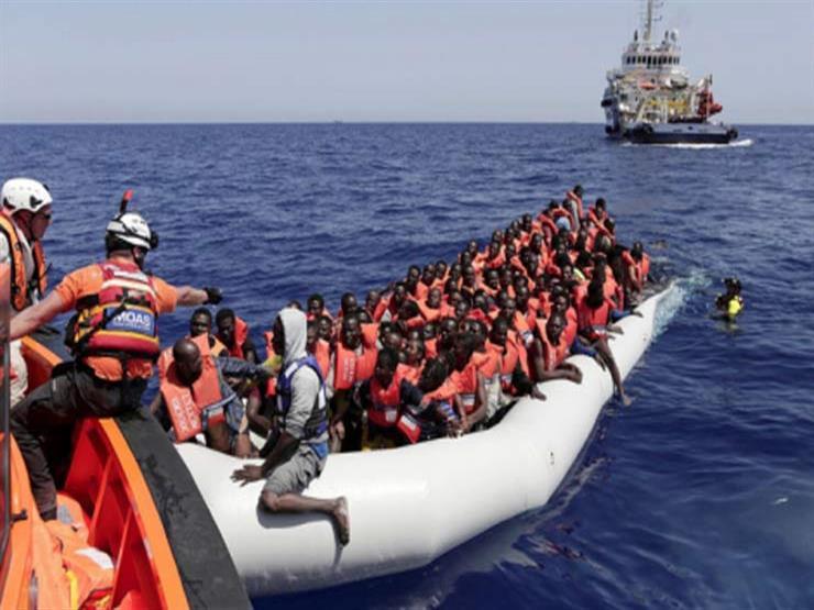 خفر السواحل الإسباني ينقذ 458 مهاجراً