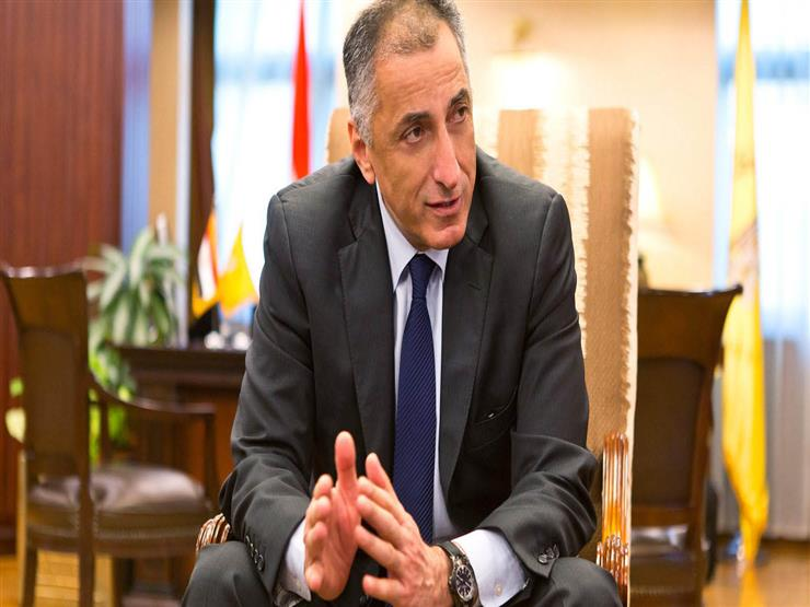 طارق عامر يوضح لمصراوي حقيقة الحجز على الحسابات لصالح الضريبة العقارية