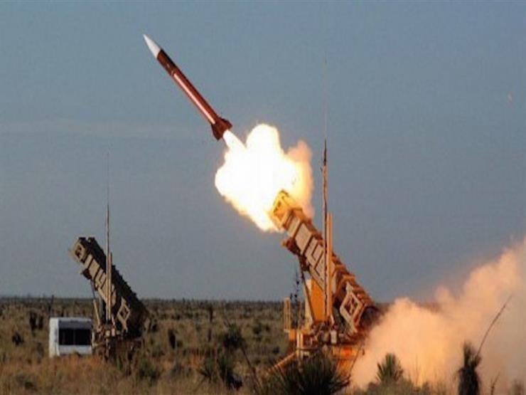 إيران تطلق صواريخ باليستية من تحت الأرض خلال مناورات عسكرية