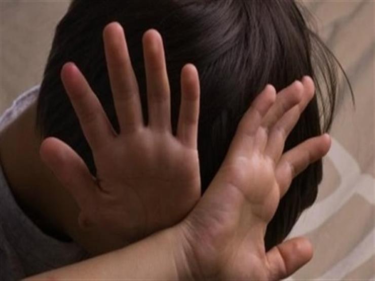 إحالة مسن متهم باغتصاب 3 أطفال في القاهرة الجديدة لمحكمة الج...مصراوى