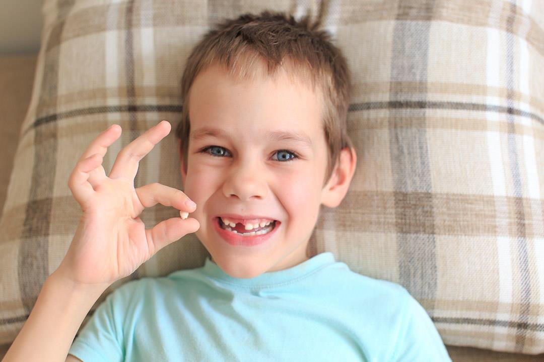 التشوهات الخلقية لعدد الأسنان.. هل يمكن علاجها؟