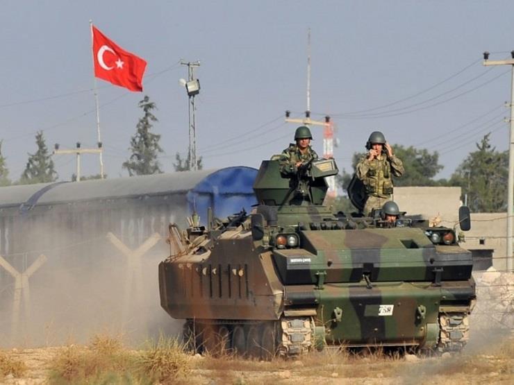 الجيش التركي يواصل الدفع بتعزيزات جديدة إلى الحدود مع سوريا...مصراوى