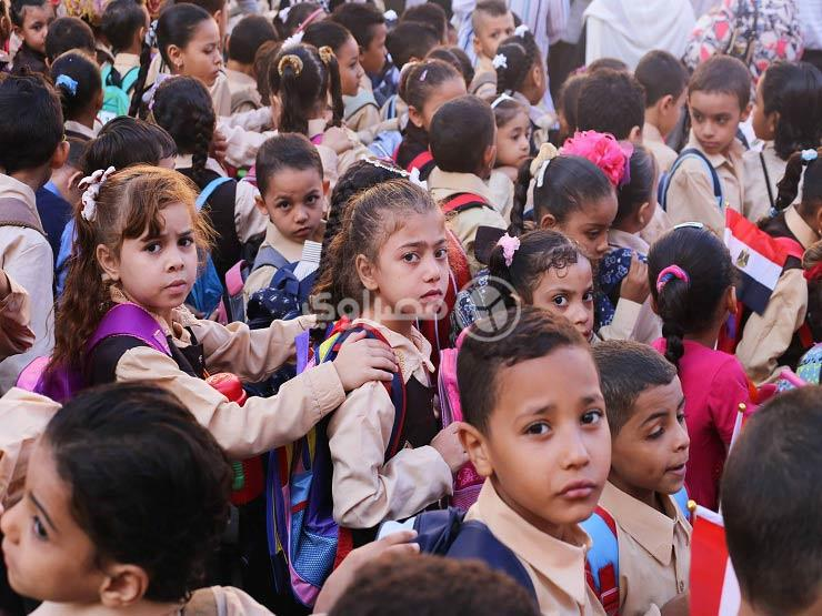 """""""لسانك حصانك"""".. التنمّر دفع أحمد وكريم لكراهية المدرسة"""