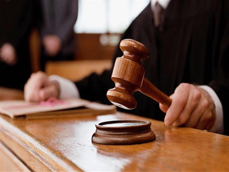 تأجيل محاكمة قاتل والده لتهديده بنشر فيديوهات لوالدته بالمقطم لـ 12 نوفمبر