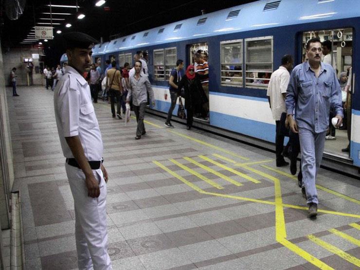 """""""المترو"""" تكشف أسباب إلغاء الـ"""" النصف تذكرة"""" للصحفيين والعسكريين"""