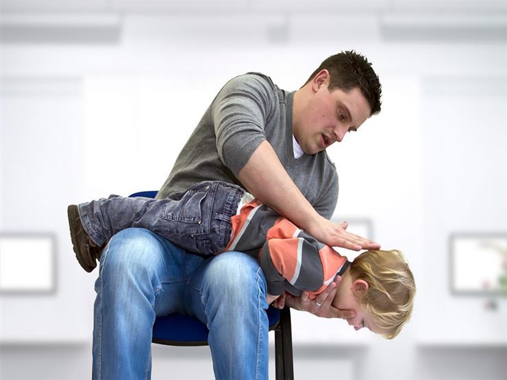 إسعافات أولية مهمة لإنقاذ طفلك في الظروف الطارئة.. تعرف عليها