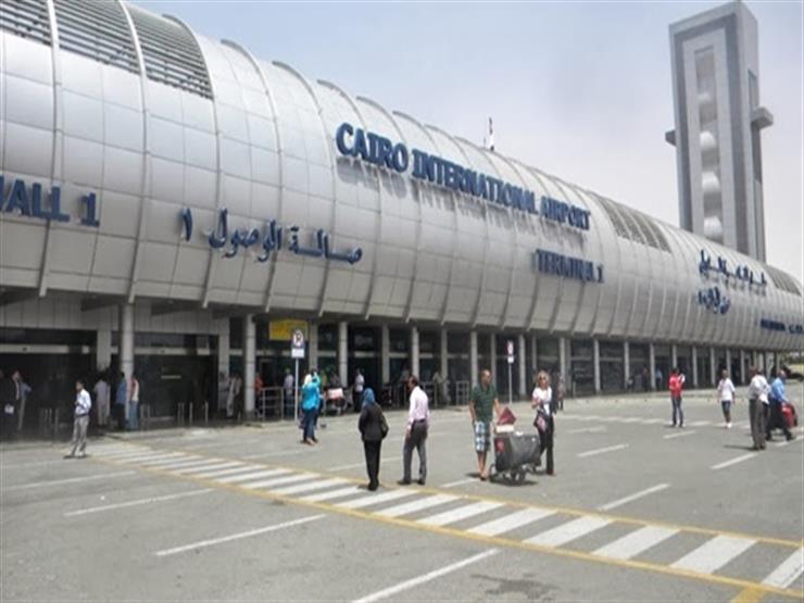 وزيرا خارجية اليونان وقبرص يصلان القاهرة