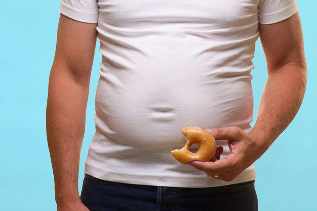 أسباب تراكم الدهون في منطقة البطن.. (انفوجراف)