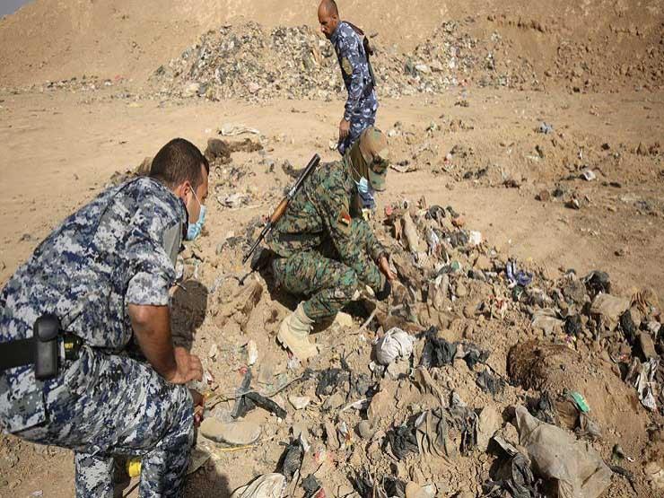 """""""بينهم أتراك وروس"""".. العثور على 58 جثة """"داعشية"""" في الموصل"""