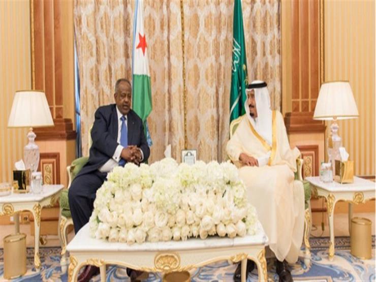 العاهل السعودي ورئيس جيبوتي يبحثان الأحداث على الساحتين الإقليمية والدولية
