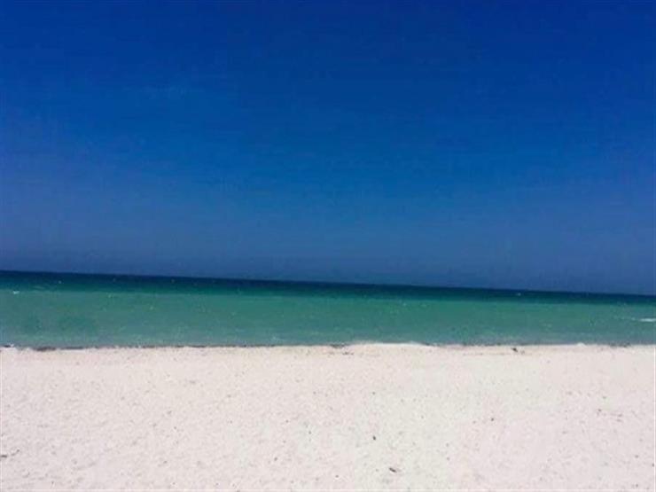 باب أم شاطئ؟.. صورة تحيّر رواد مواقع التواصل الاجتماعي