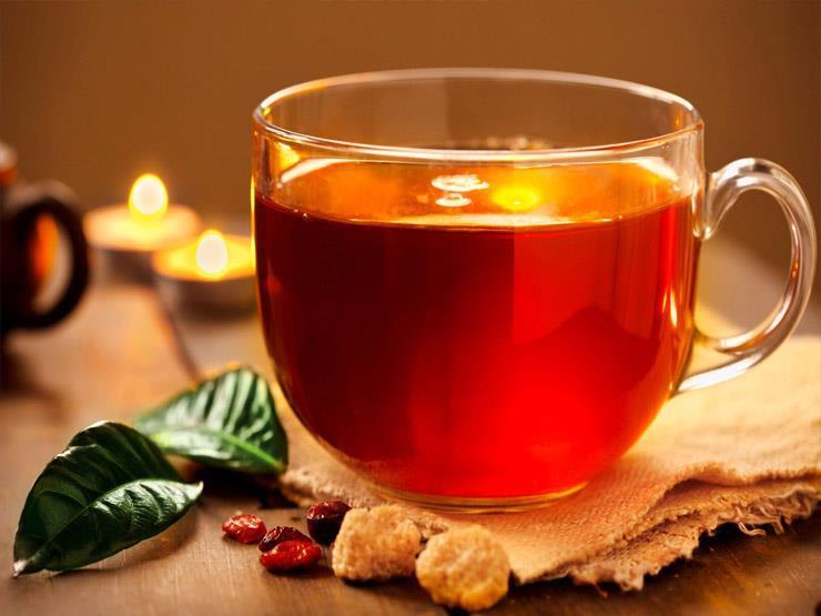 الشاي.. أحدث مزيل للمكياج