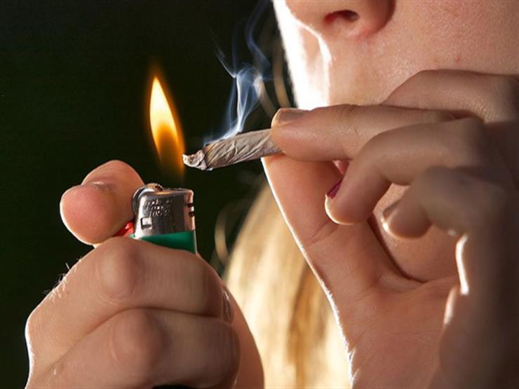 المراهق يميل للتجريب.. ماذا تفعل سيجارة حشيش أو بانجو واحدة بمخه؟