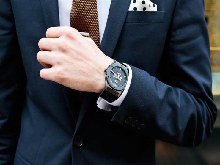 546eab814fd39 لماذا نرتدي الساعة في اليد اليسرى؟