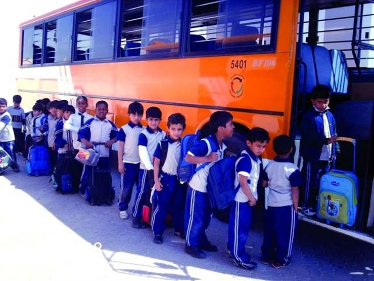 """""""ميكروباص الأهالي"""".. حيل الأسر لمواجهة ارتفاع رسوم أتوبيس المدرسة"""