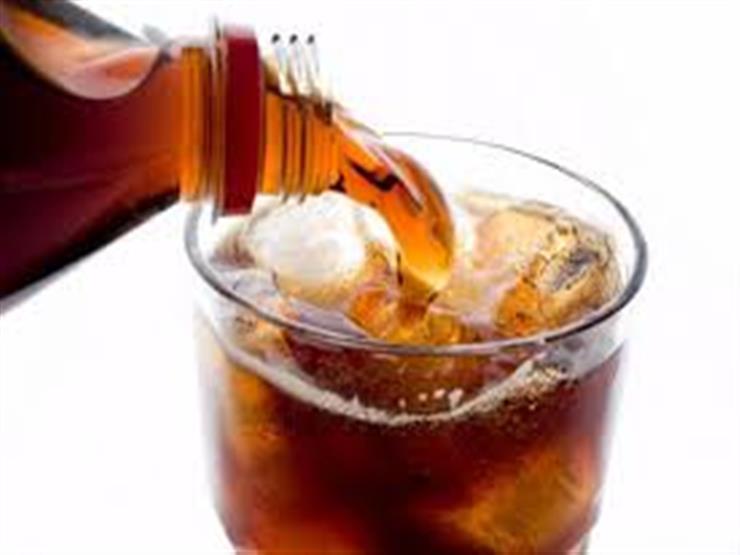 تعرف على مخاطر المشروبات الغازية على صحة أطفالك