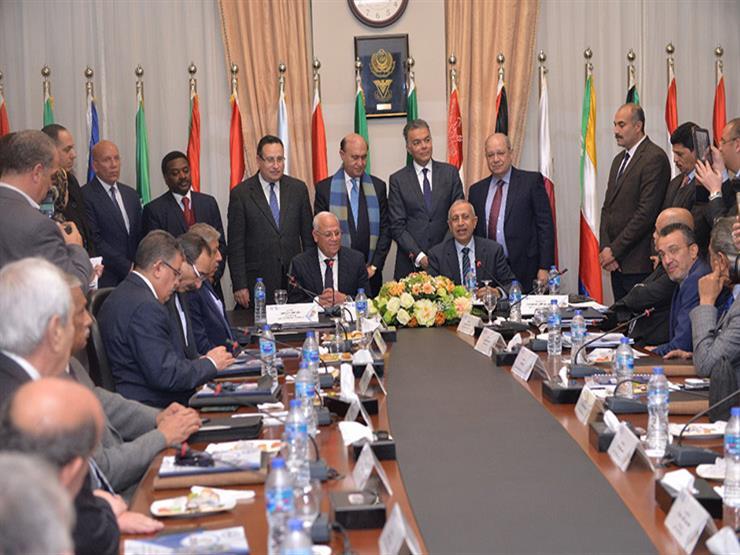 بحضور مميش.. تجديد عقد انتفاع فرع الأكاديمية العربية ببورسعيد لـ25 عامًا (صور)