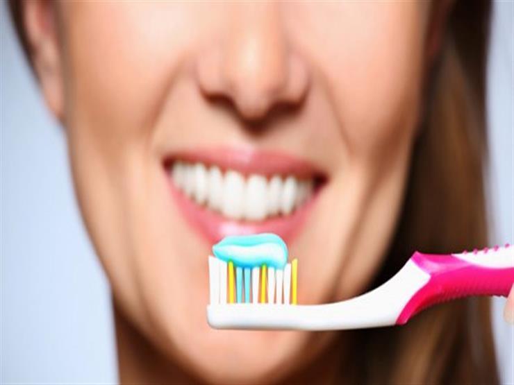 حتى لا تصاب بالتسوس.. نصائح ضرورية يجب اتباعها عند تنظيف الأسنان