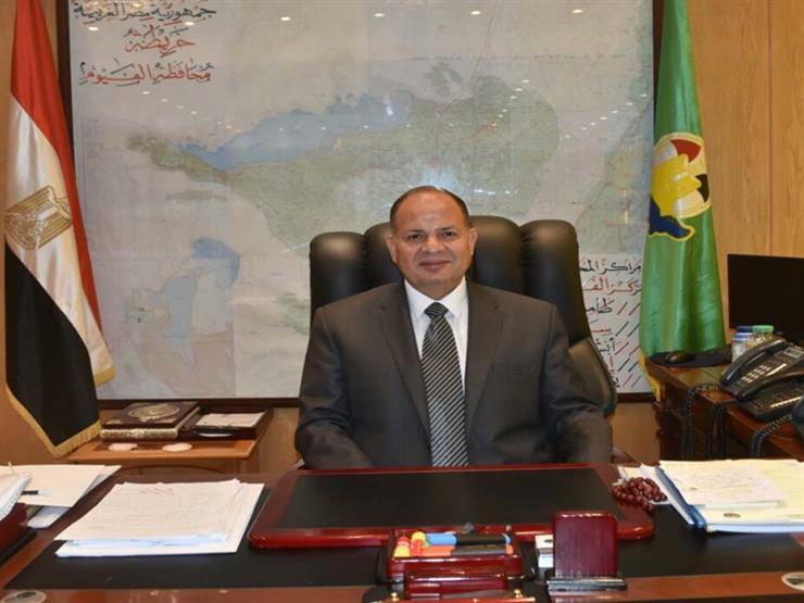 محافظ الفيوم يطالب بالالتزام بمواعيد تسليم المشروعات الخدمية