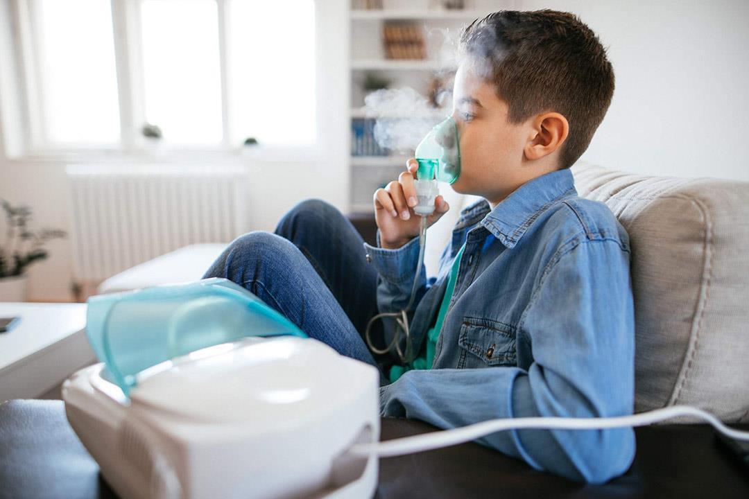 جهاز البخار يؤذي الطفل مريض الحساسية في هذه الحالة.. نصائح ضرورية