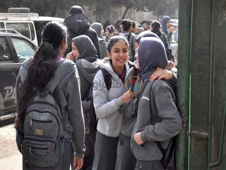 ننشر امتحان اللغة العربية الإلكتروني لطلاب أولى ثانوي