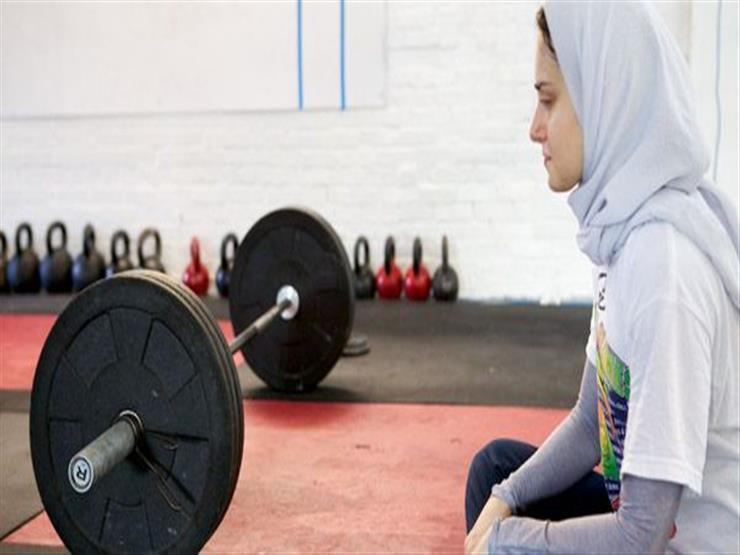 أعمل في نادٍ رياضي فهل تمرين النساء حرام؟.. تعرف على رد المفتي السابق